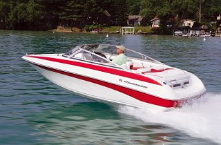CROWNLINE 18 SS BOWRIDER